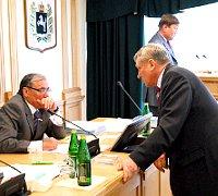 Отчет депутата В Л Пономаренко ТРО ВПП Единая Россия  По прежнему избирателей волнует проблема платного медицинского обслуживания